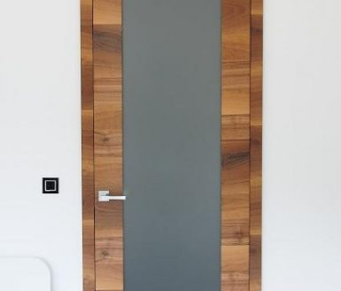 M2S vrata domači oreh