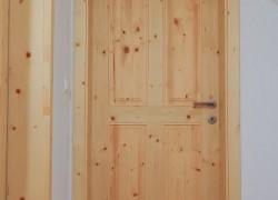 M7 notranja mansardna vrata smreka