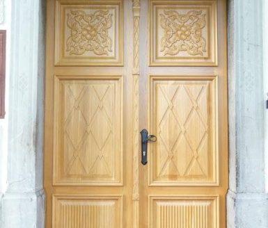 vhodna vrata starinska