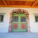 obnovljena starinska vrata