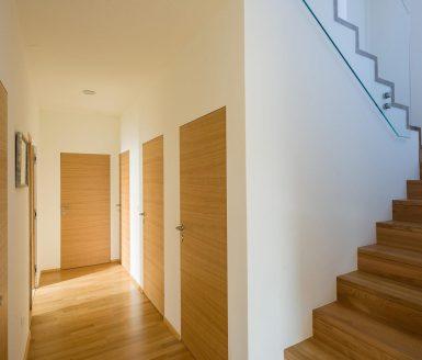 vrata in stopnice markelj
